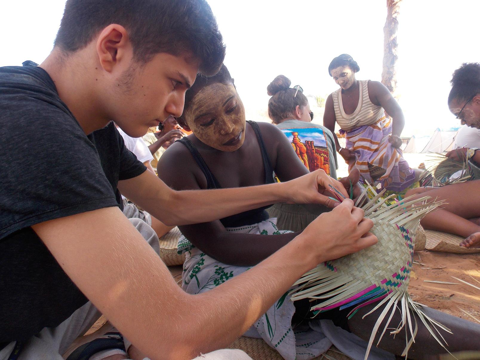 Madagascar - Atelier de vannerie 2
