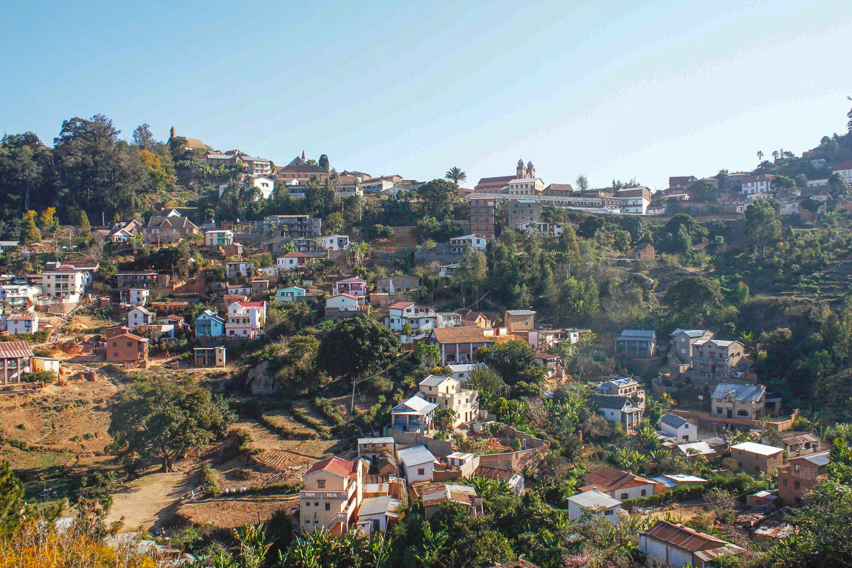 Fianarantsoa - vue vieille ville BD