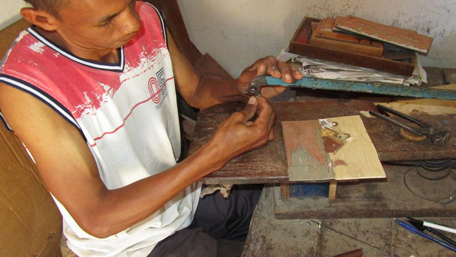 Ambositra - artisans marqueterie